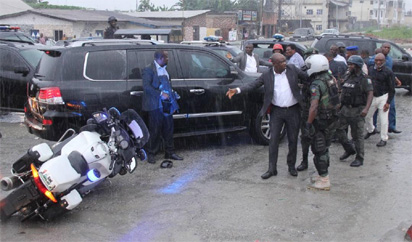 Scene of the attack on the Convoy of the Rivers State Governor, Nyesom Ezenwo Wike by soldiers and SARS Personnel attached to the Minister of Transportation, Mr Chibuike Rotimi Amaechi on Saturday at Wanja junction on the Trans-Amadi road in Port Harcourt